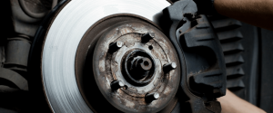 Tarcze hamulcowe oraz inny szybki serwis - mechanika samochodowa Bochnia - DC Mroczek